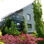 1-2 Fam.-Haus / Mit umfangreichen Modern...